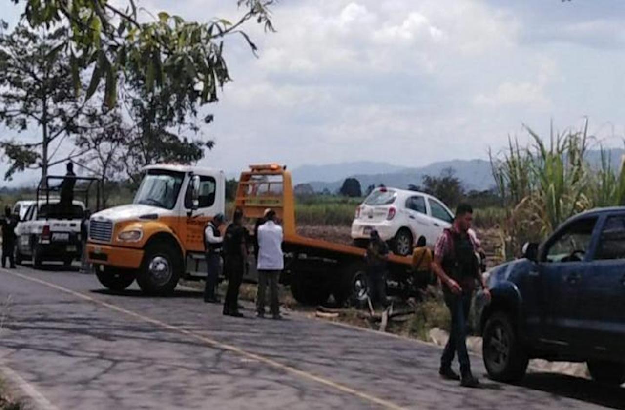 Asesinan a presuntos guardias de seguridad privada, en Omealca