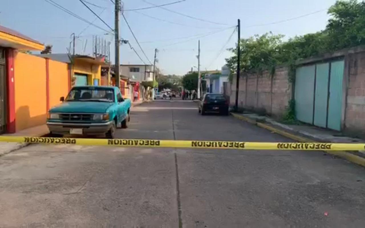 Frente a iglesia de Mina, matan a líder de comedor comunitario