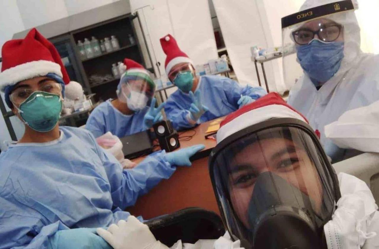 Así festejaron Navidad en Hospitales Móviles Covid