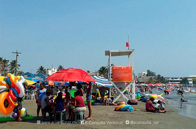 Así lucen playas del puerto de Veracruz en último día de vacaciones