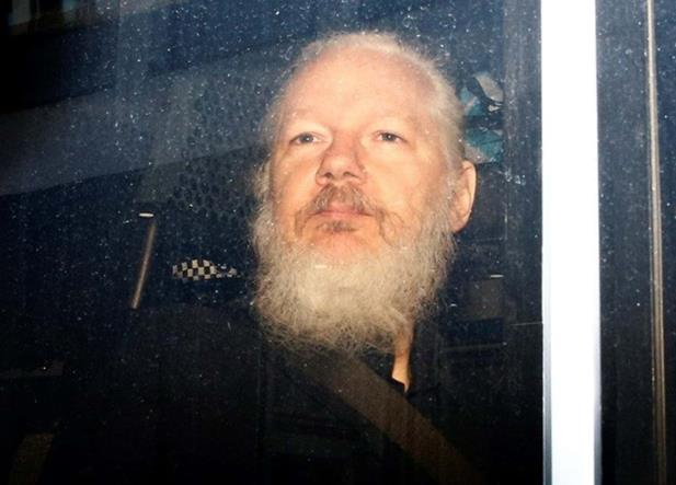 Paso a paso: de WikiLeaks a la detención de Julian Assange