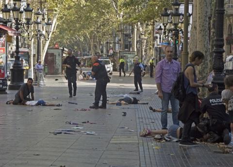 No hay víctimas mexicanas en atentado de Barcelona: SER