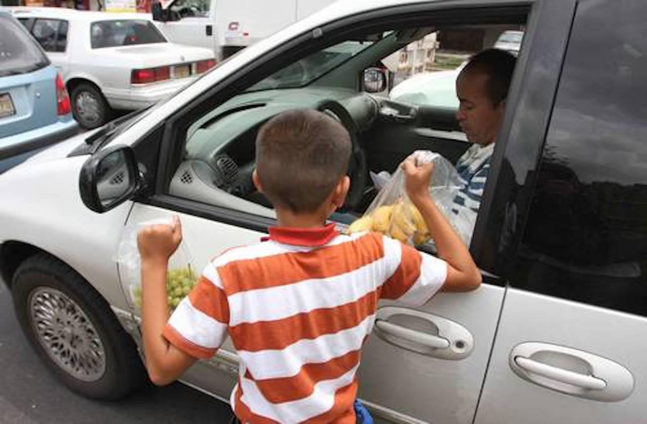 Aumenta presencia de niños trabajadores en calles de Xalapa