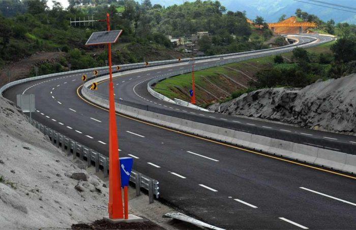 Incumplimiento en obras de autopista Xalapa- Perote daña a 800 familias