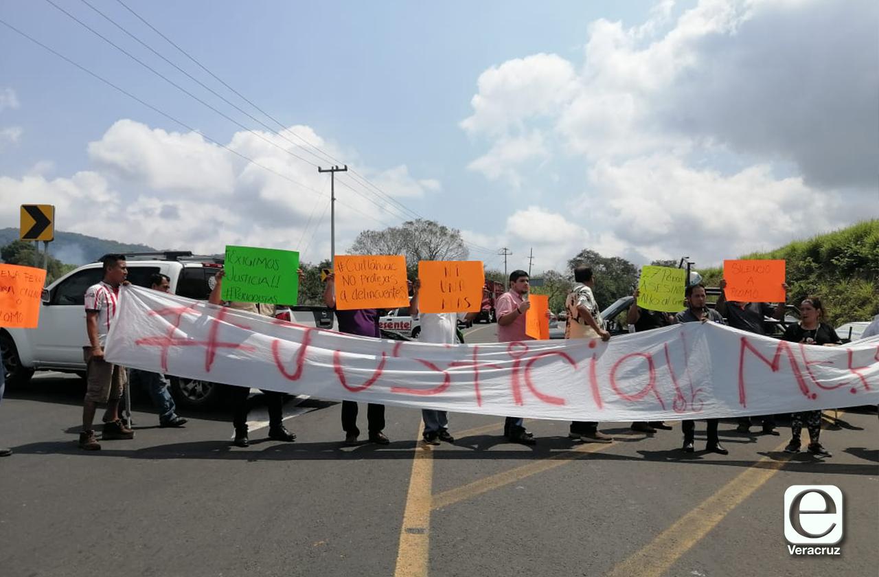 Periodistas toman autopista en el norte, exigen justicia por Elena Ferral