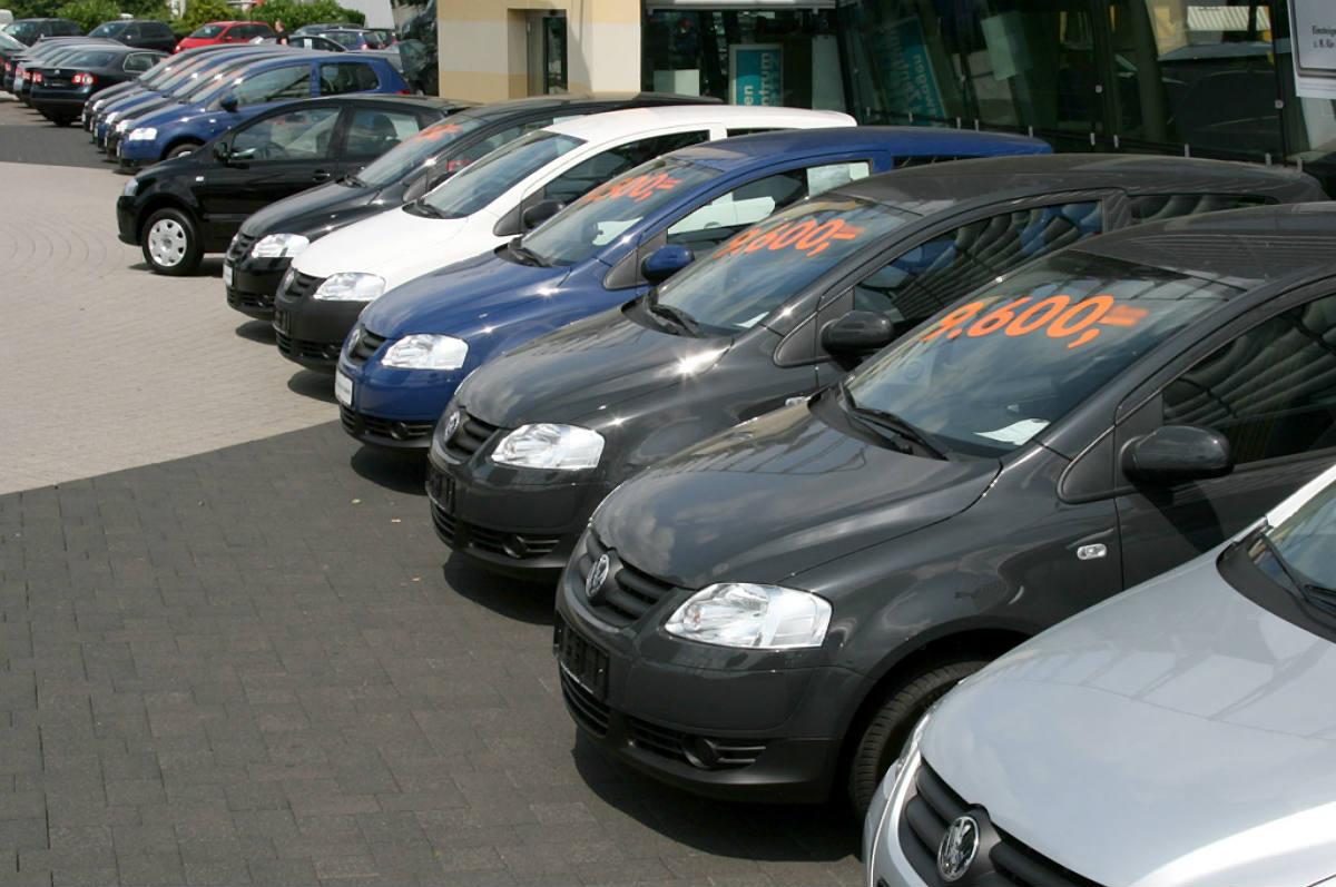 Empresas automotoras registran bajas ventas en Veracruz