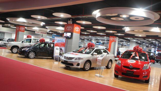 Autos nuevos incrementaron 8% su precio