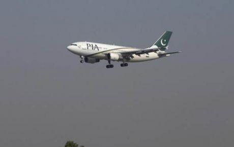 Se estrella avión con 40 personas en Pakistán