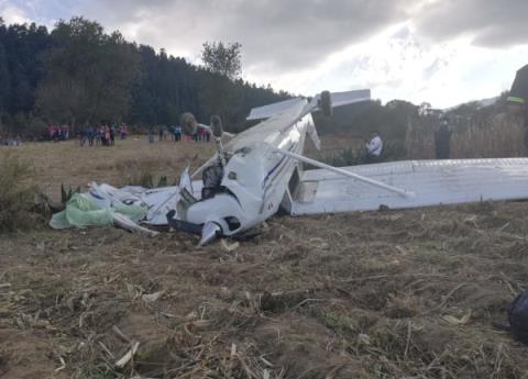 Cae aeronave en las faldas del Nevado de Toluca; tripulantes ilesos