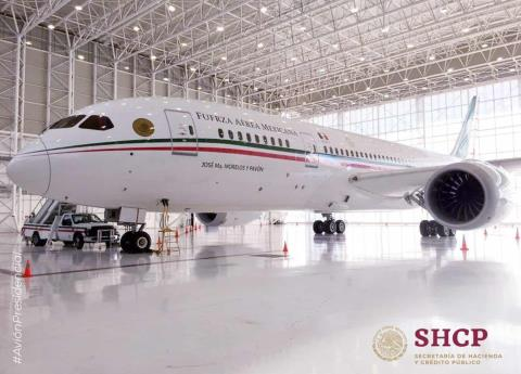 AMLO dice adiós al avión presidencial