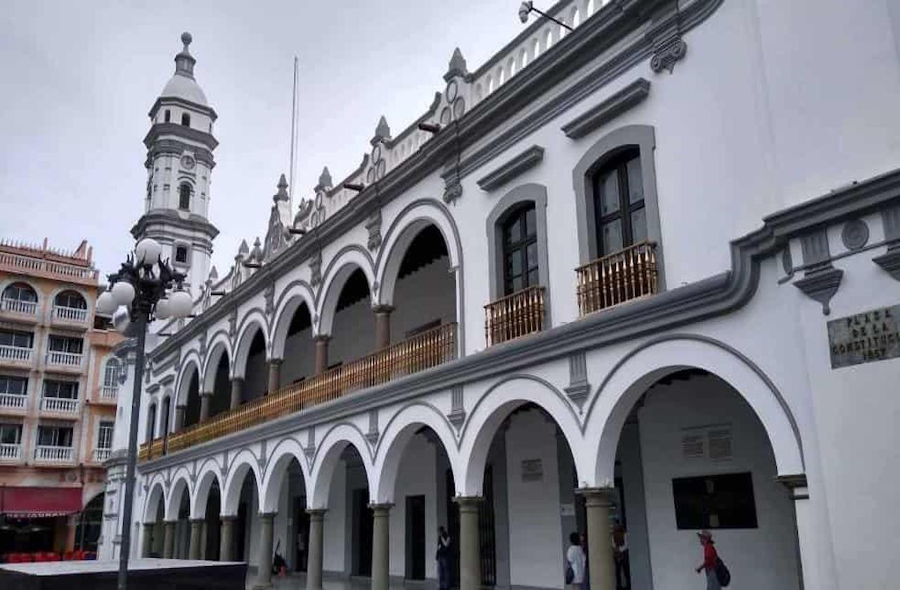 Ayuntamiento de Veracruz tiene 6 casos sospechosos de covid