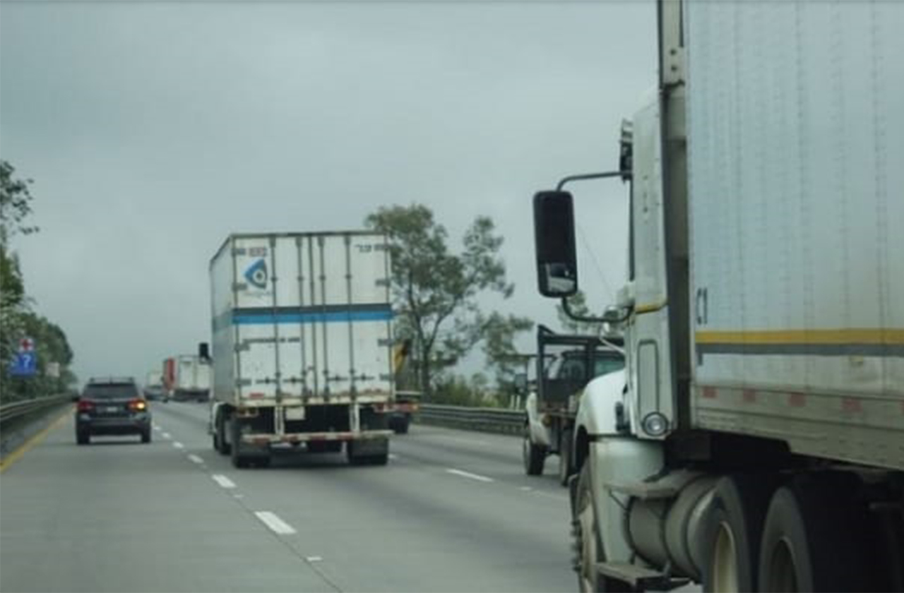 Suman 25 conductores asesinados en carreteras veracruzanas