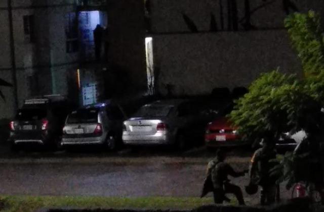 Vecino de La Pradera amanece con explosivo en su puerta