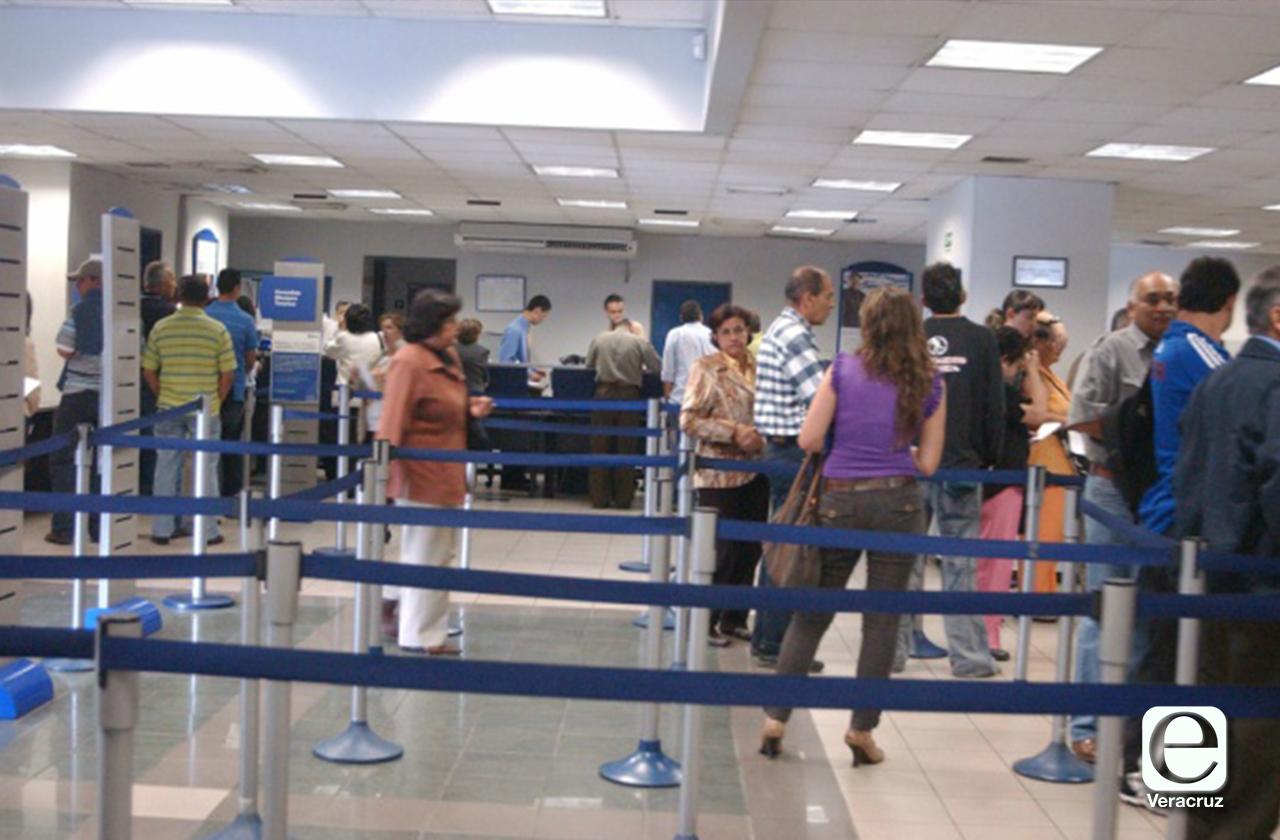 Banco anuncia operaciones con personal mínimo para evitar contagios