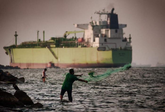 Cae 50% movimiento de embarcaciones petroleras en Coatzacoalcos