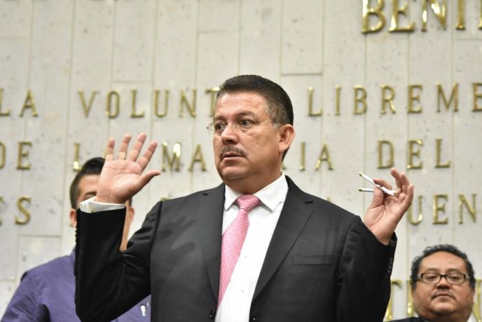 Diputado se sale de control e insulta a periodista en Veracruz