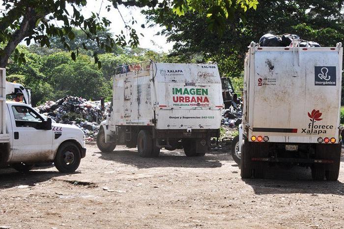 Cierran puertas de relleno sanitario a Xalapa, por adeudo millonario