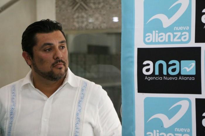 "Vicente Benítez afirma que es ""cien por ciento"" turquesa"