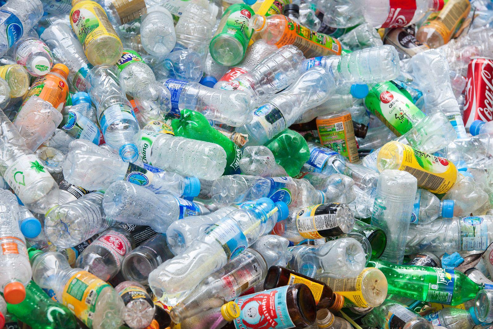 Se mantiene consumo de plásticos en el estado