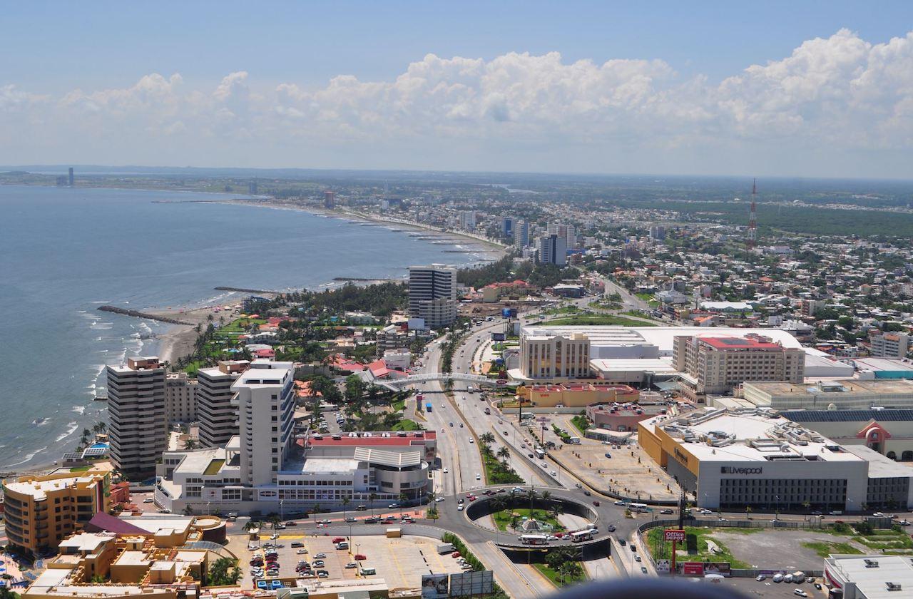 Zona conurbada de Veracruz, en el centro de la pandemia