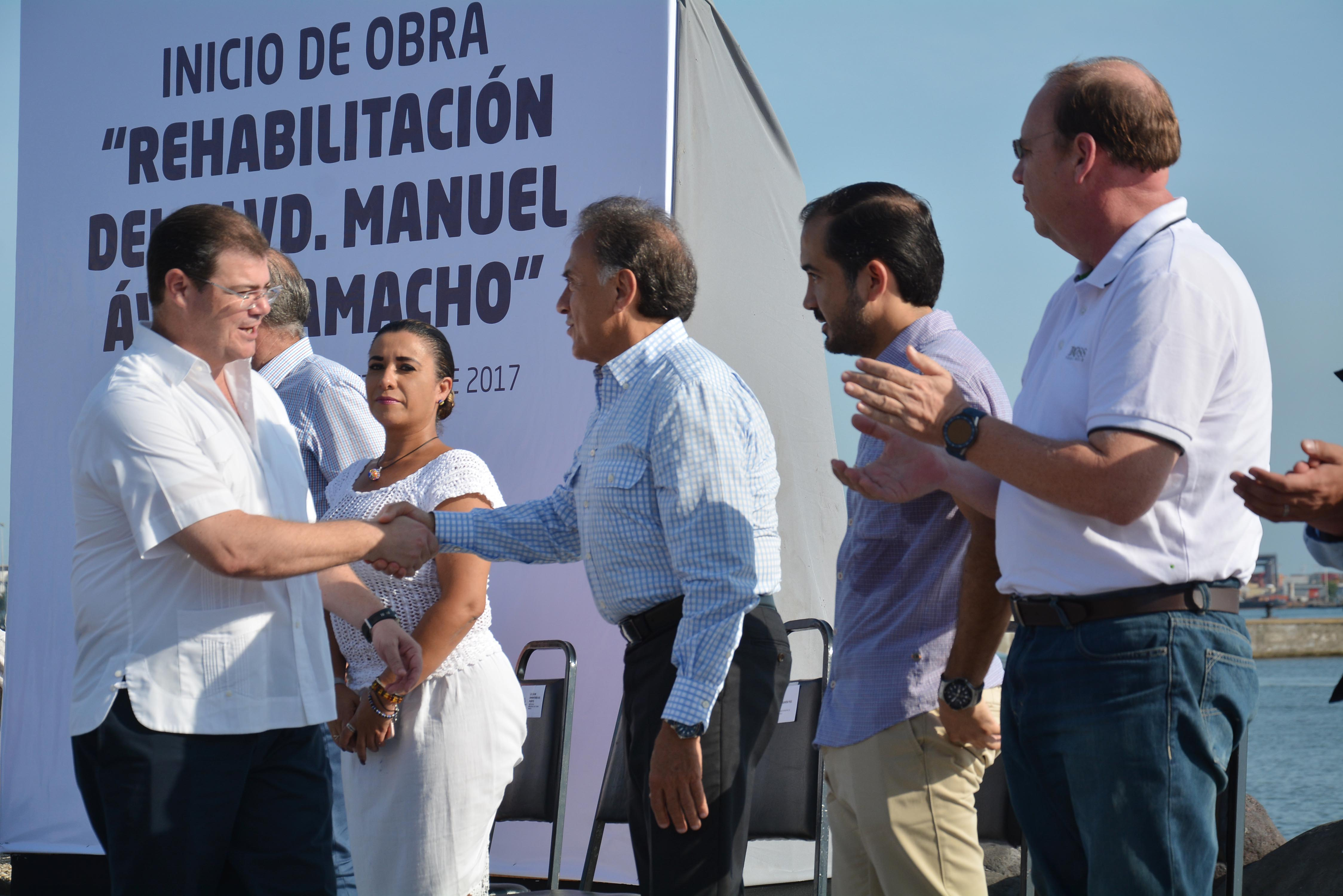 Inicia obra de rehabilitación en Boulevard Manuel Ávila Camacho