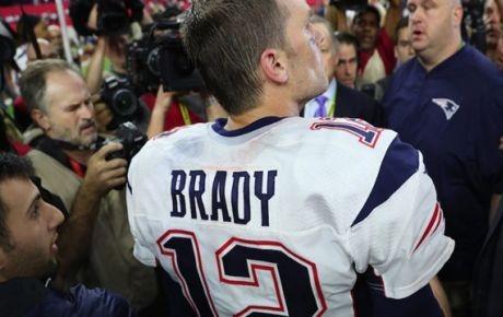 Mexicano aclara el supuesto robo del jersey de Tom Brady