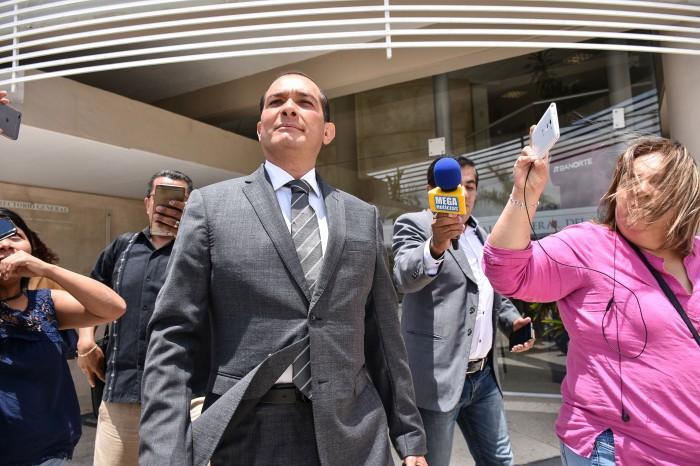 Vincular a proceso a Luis Ángel Bravo es