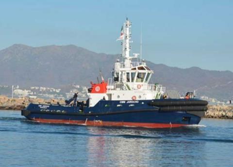 Por fin comienzan descarga de gasolina buques anclados en el puerto de Veracruz
