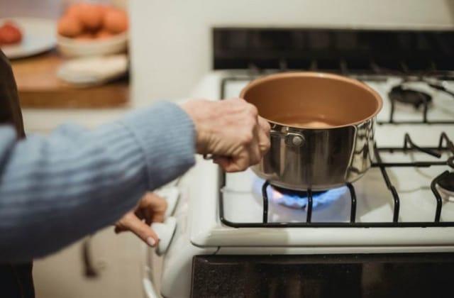 Gas LP, gas natural o electricidad, ¿cómo es más barato cocinar?