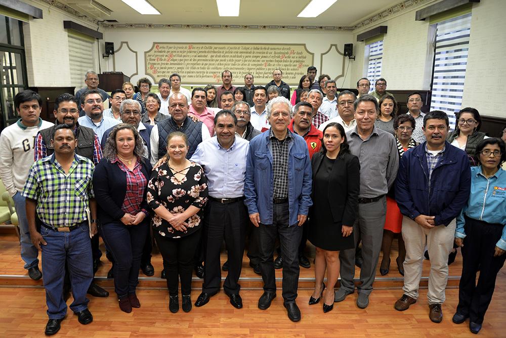 Logran ayuntamiento de xalapa y sindicato acuerdo for Universidades en xalapa