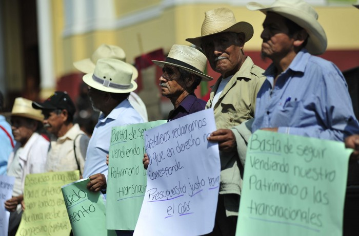 Cafetaleros exigen la entrega de recursos de mayo a junio