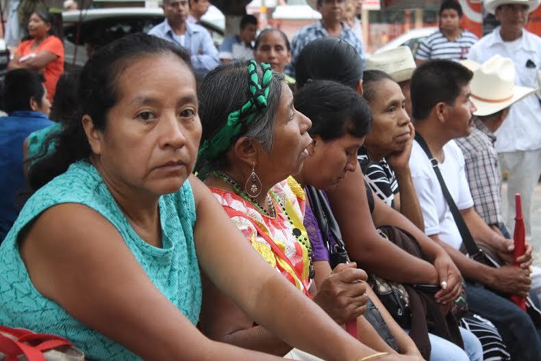 Campesinos del norte de Veracruz emprenden marcha hacia Xalapa