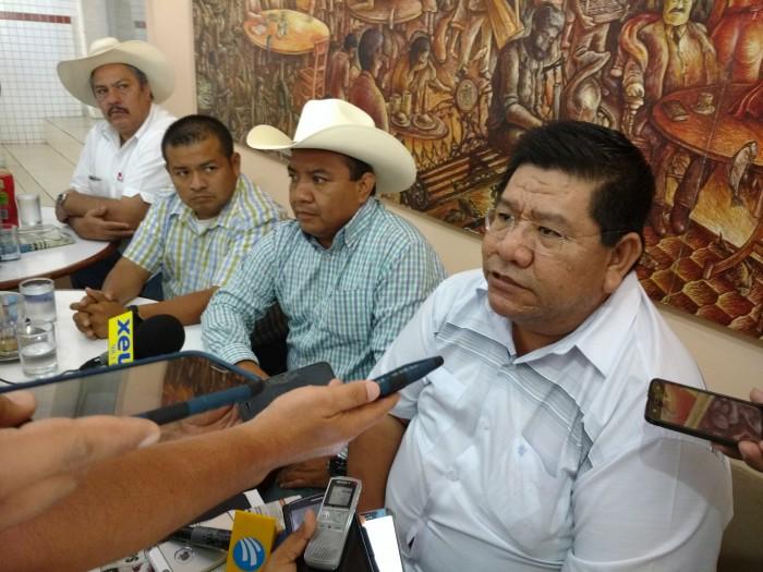 Concentración de campesinos en Veracruz para marchar hacia el Congreso de la Unión