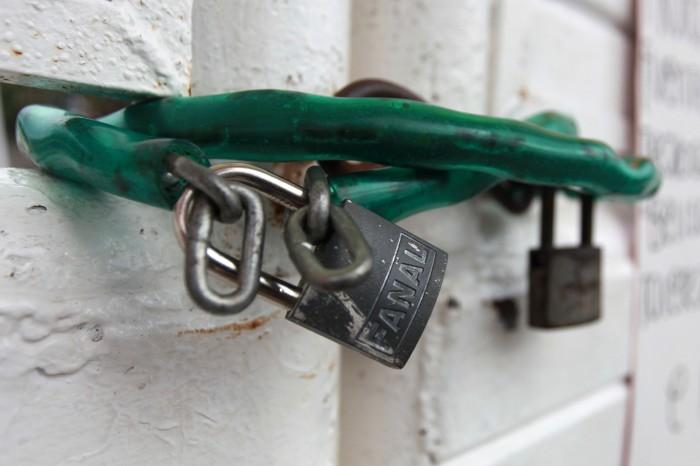 Aumenta a 20 el número de escuelas robadas en Coatzacoalcos