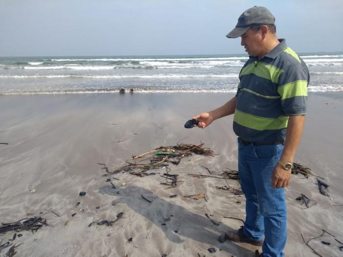 Aparecen más manchas de hidrocarburo en Tuxpan