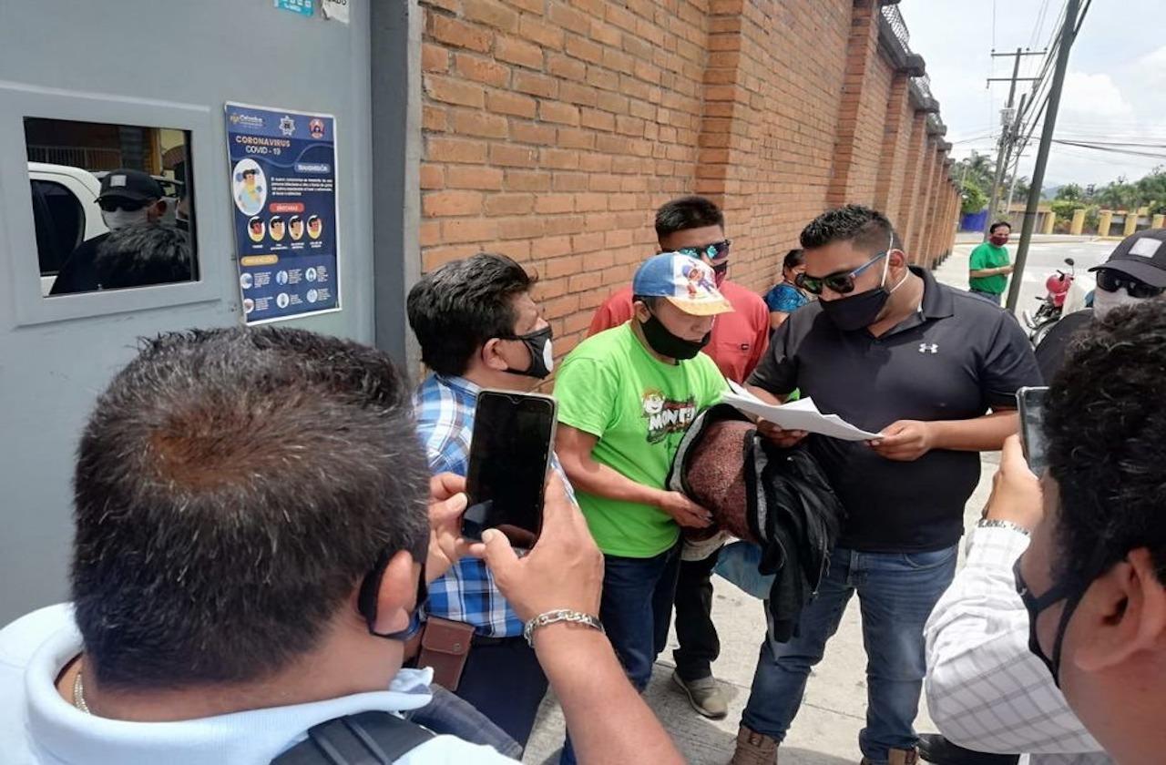 Capturan a tamalero, acusado de violar a su hija de 5 años
