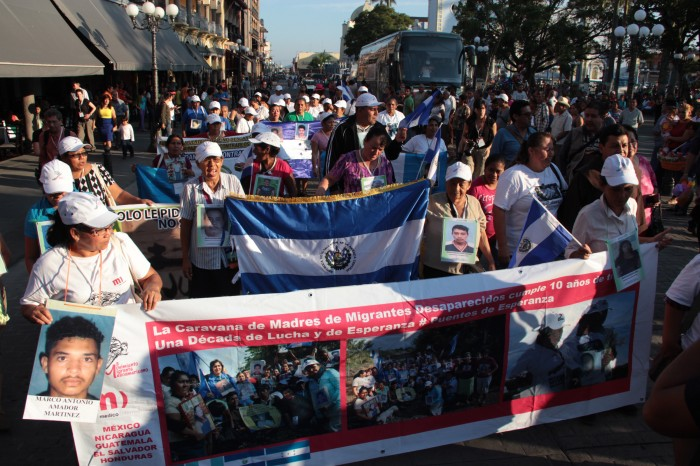 Madres de migrantes centroamericanos iniciarán caravana