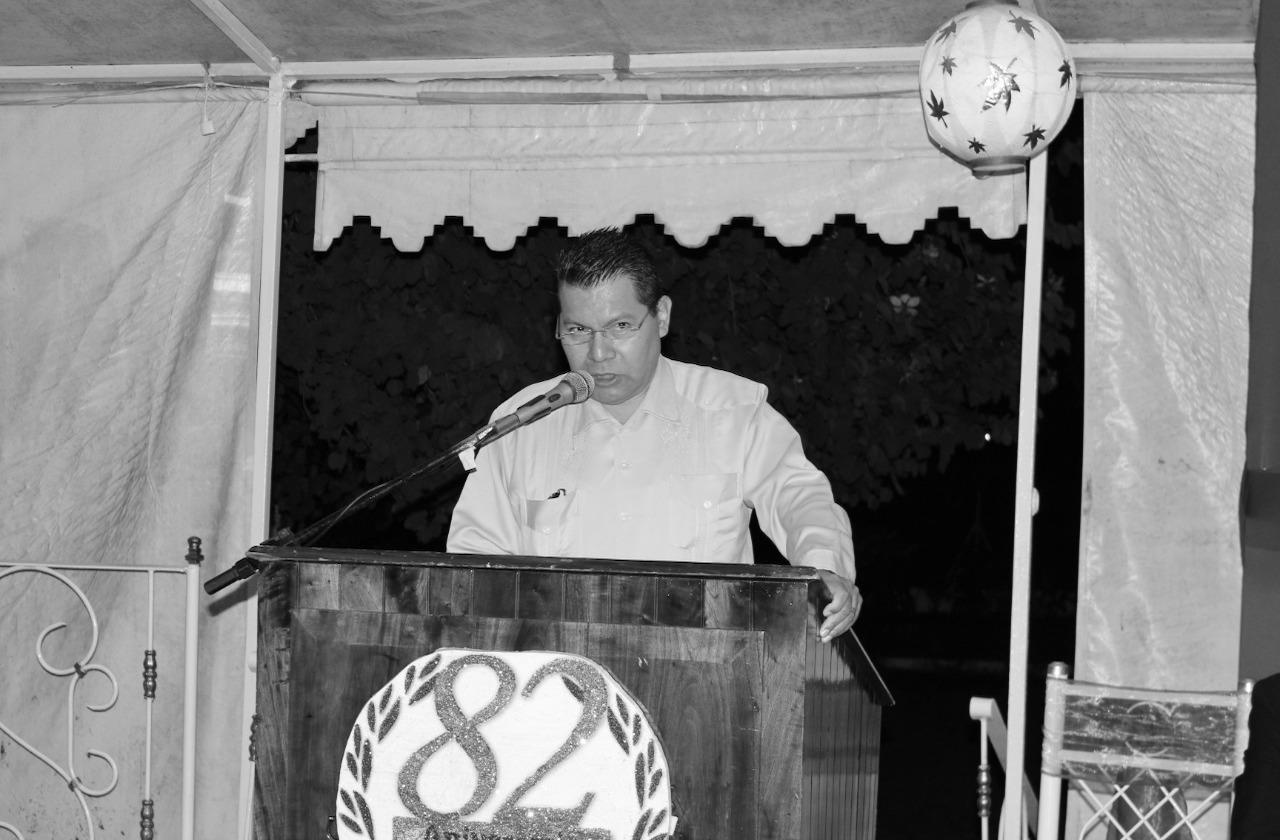 Carlos Absalón, periodista veracruzano, muere por covid-19