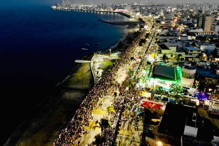 Desde hace años el Carnaval de Veracruz no genera ganancias: Fernando Yunes