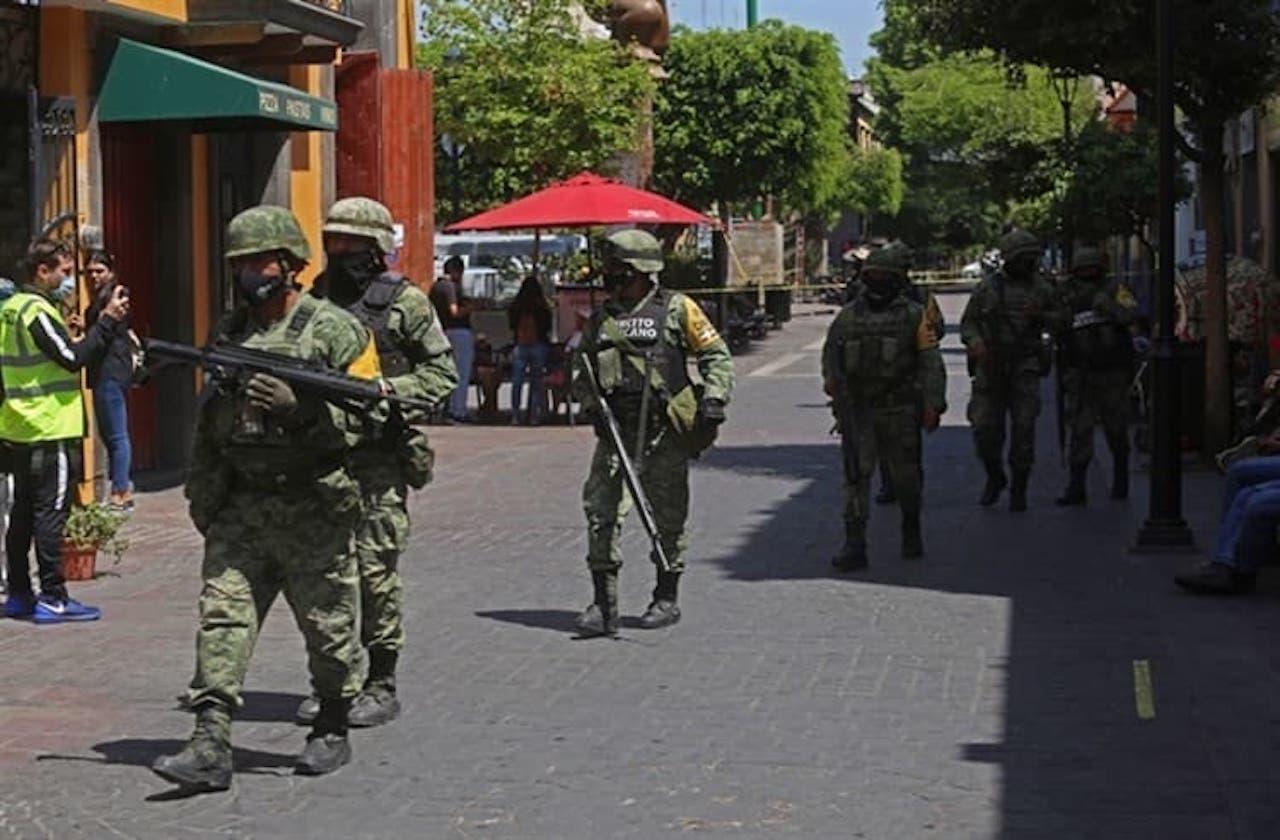 Cayó gasto para seguridad pública, pero aumentó para Fuerzas Armadas