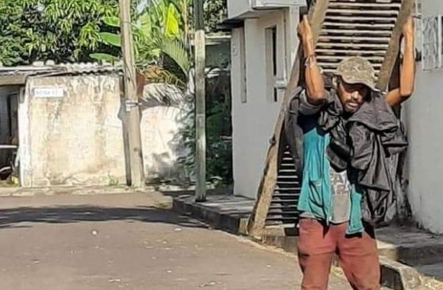 'Sabemos quién eres': Denuncian robo de alcantarillas en Boca del Río
