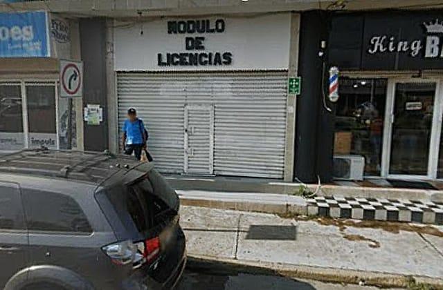 Por no pagar renta, cierran módulo de licencias en Minatitlán