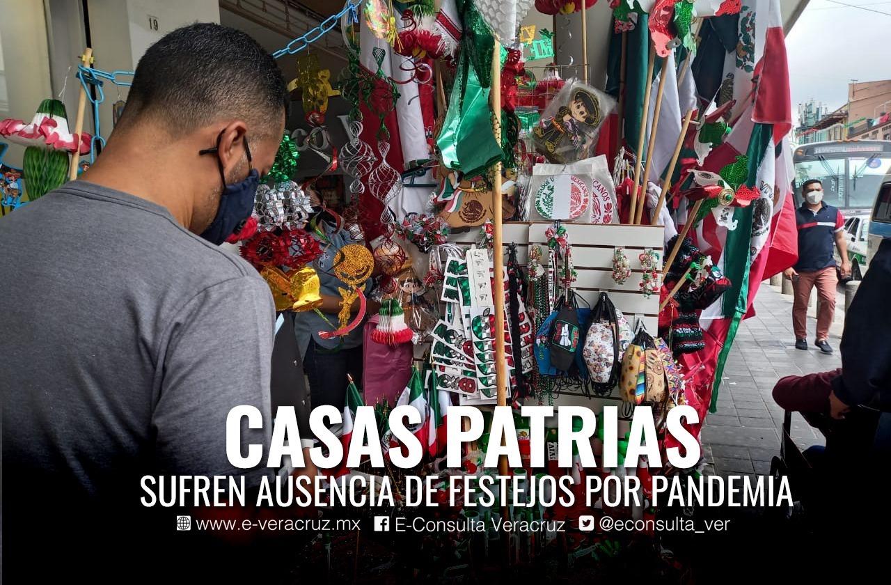 """Cecilia, vendedora de artesanías patrias sin """"Grito de Independencia"""""""