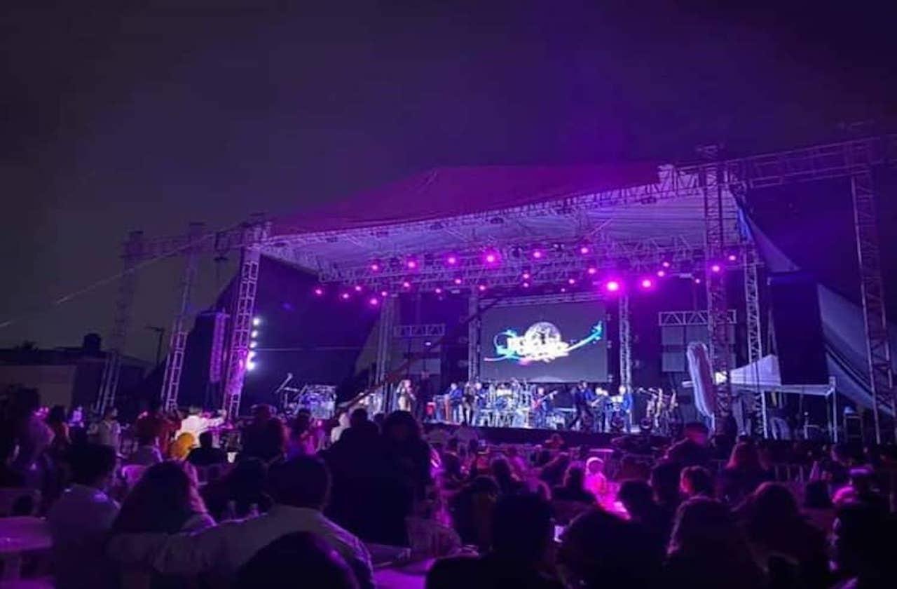 Celebran baile masivo en Catemaco pese a pandemia