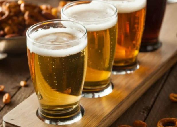 Morena propone venta de cerveza ''al tiempo''