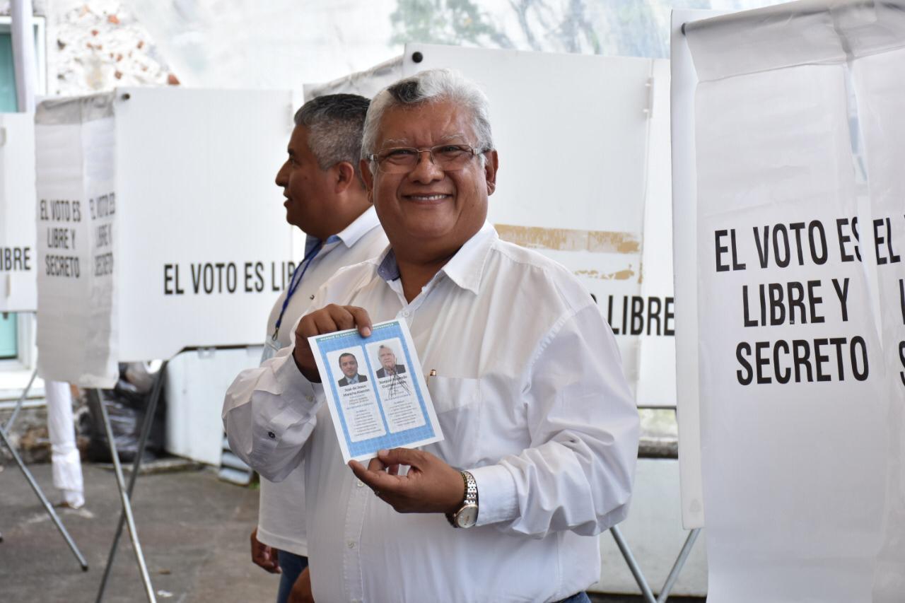 Joaquín Guzmán denunció a Sergio Hernández por presunta compra de votos