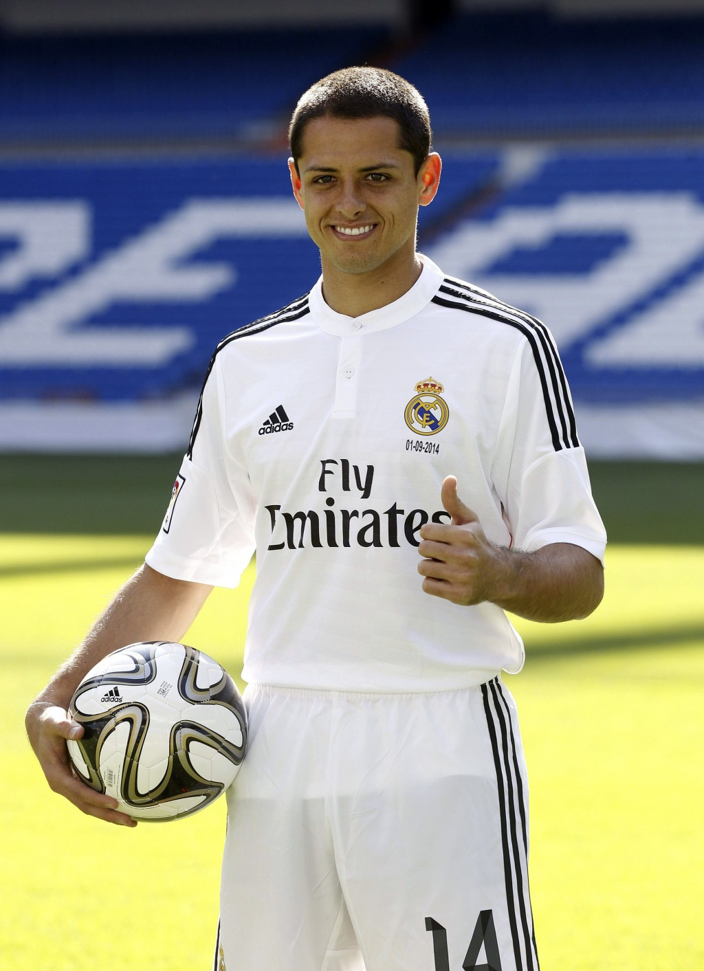 Chicharito entrena ya con el Real Madrid