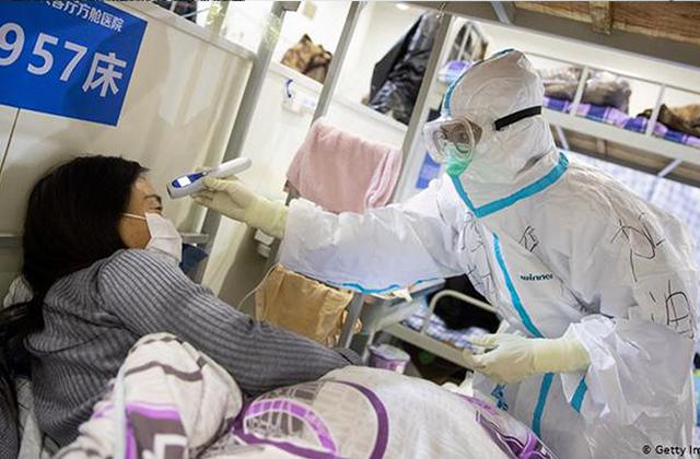 China registra su primer día sin decesos por coronavirus desde enero