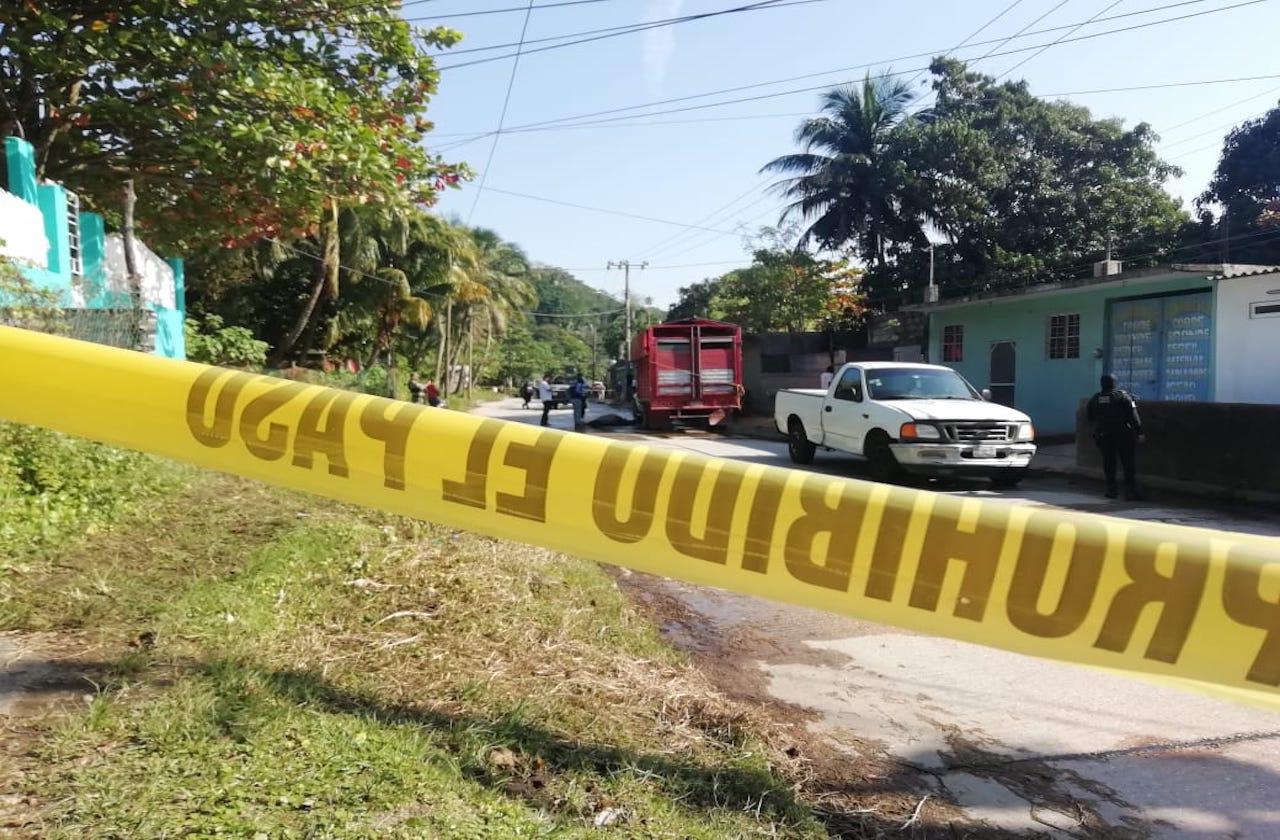 Chofer de mudanza es asesinado a balazos, en Coatza