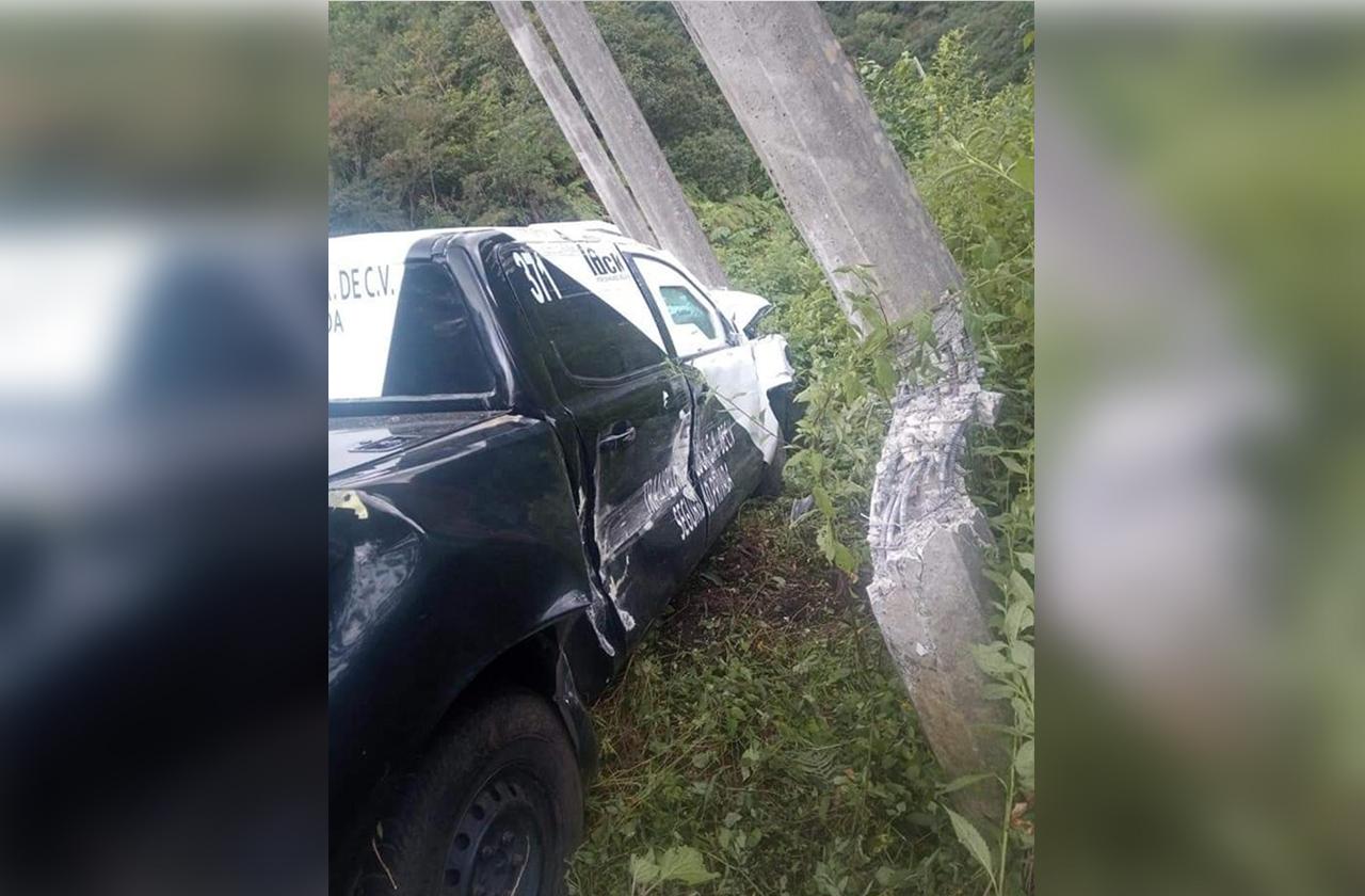 Choca camioneta de valores en la carretera Orizaba-Zongolica
